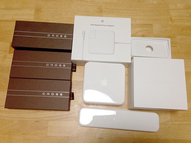 ついつい取っておいてしまった、CROSSとAppleのパッケージの写真
