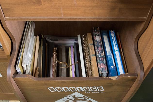 アルバムなどを棚に収納 片付け後の写真(下段)