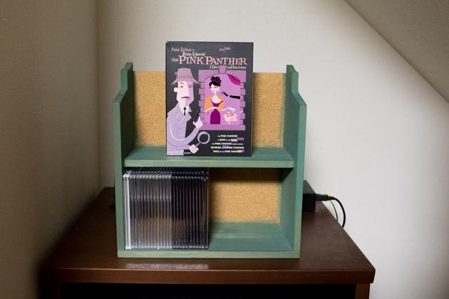 アフター:お気に入りのDVDボックスを飾った写真