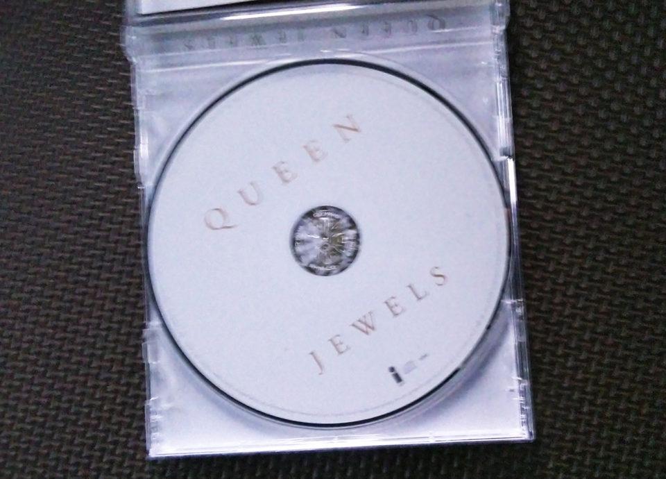 QueenのCDの写真