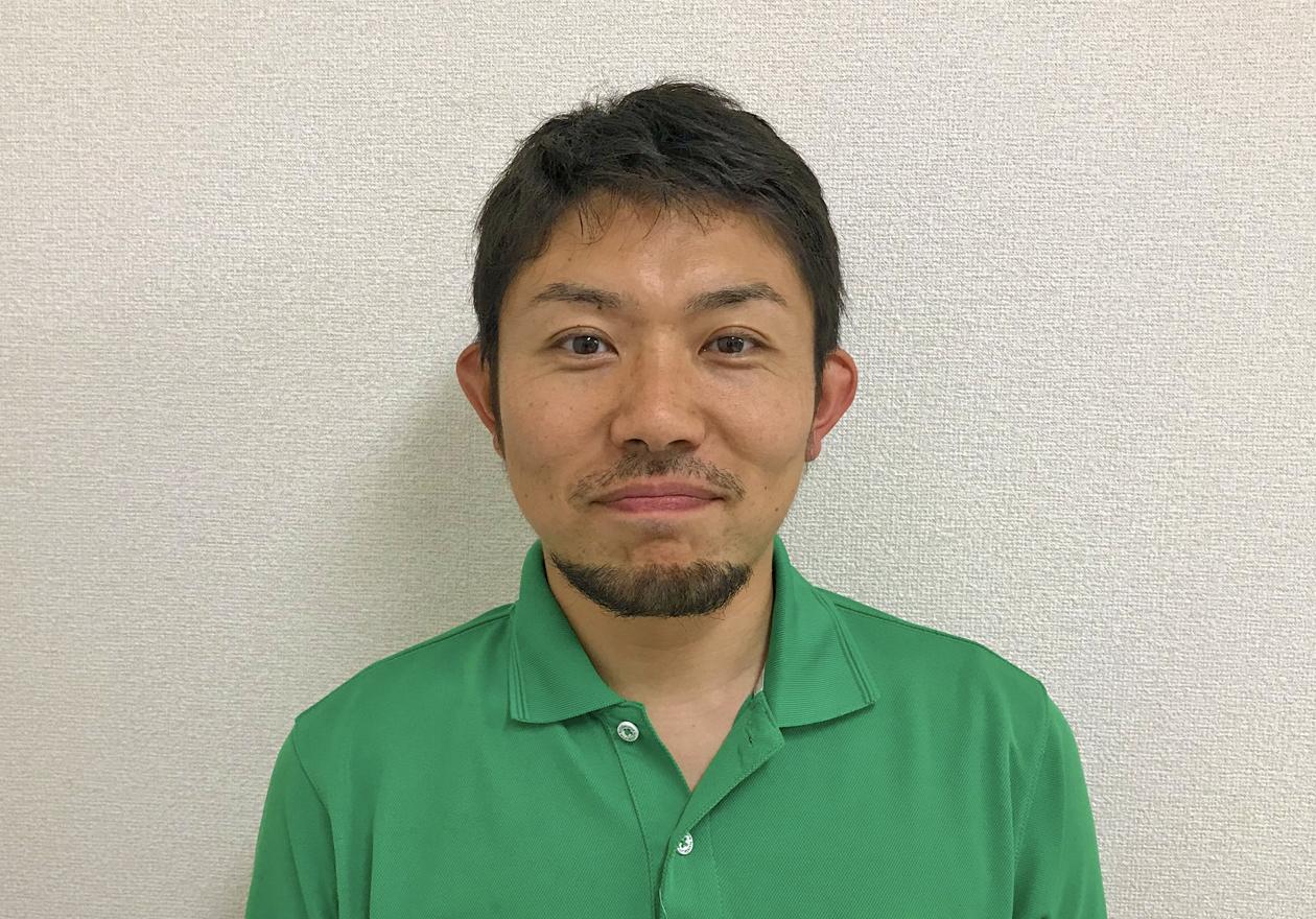 スタッフの兼子の写真