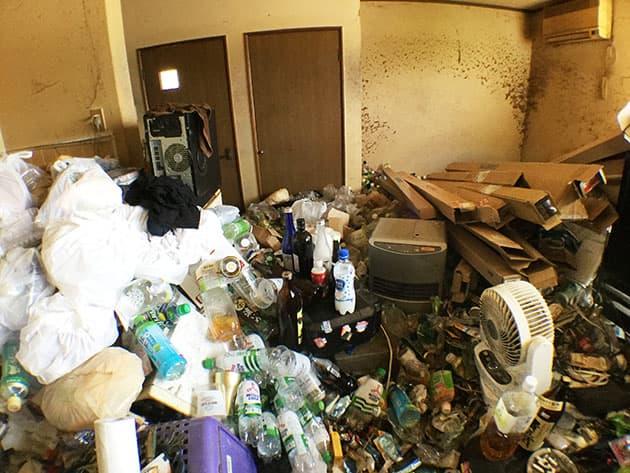 ゴミ屋敷・汚部屋片付け前の写真