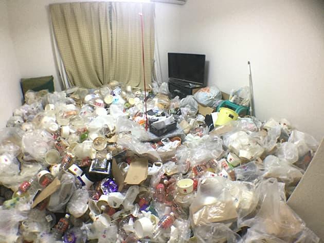 ゴミ屋敷・汚部屋の写真
