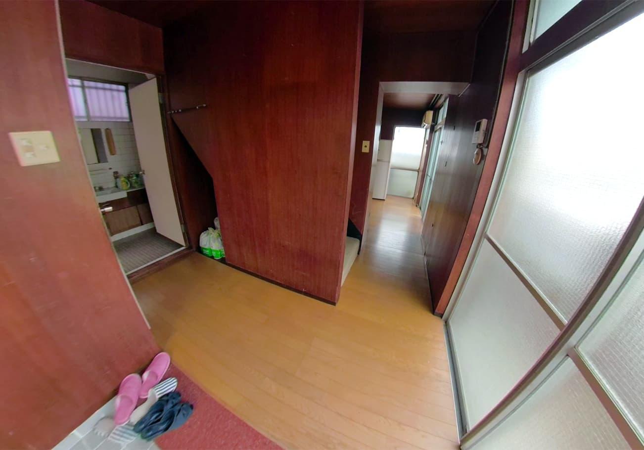 名古屋市6DK ゴミ屋敷片付け後の玄関の様子