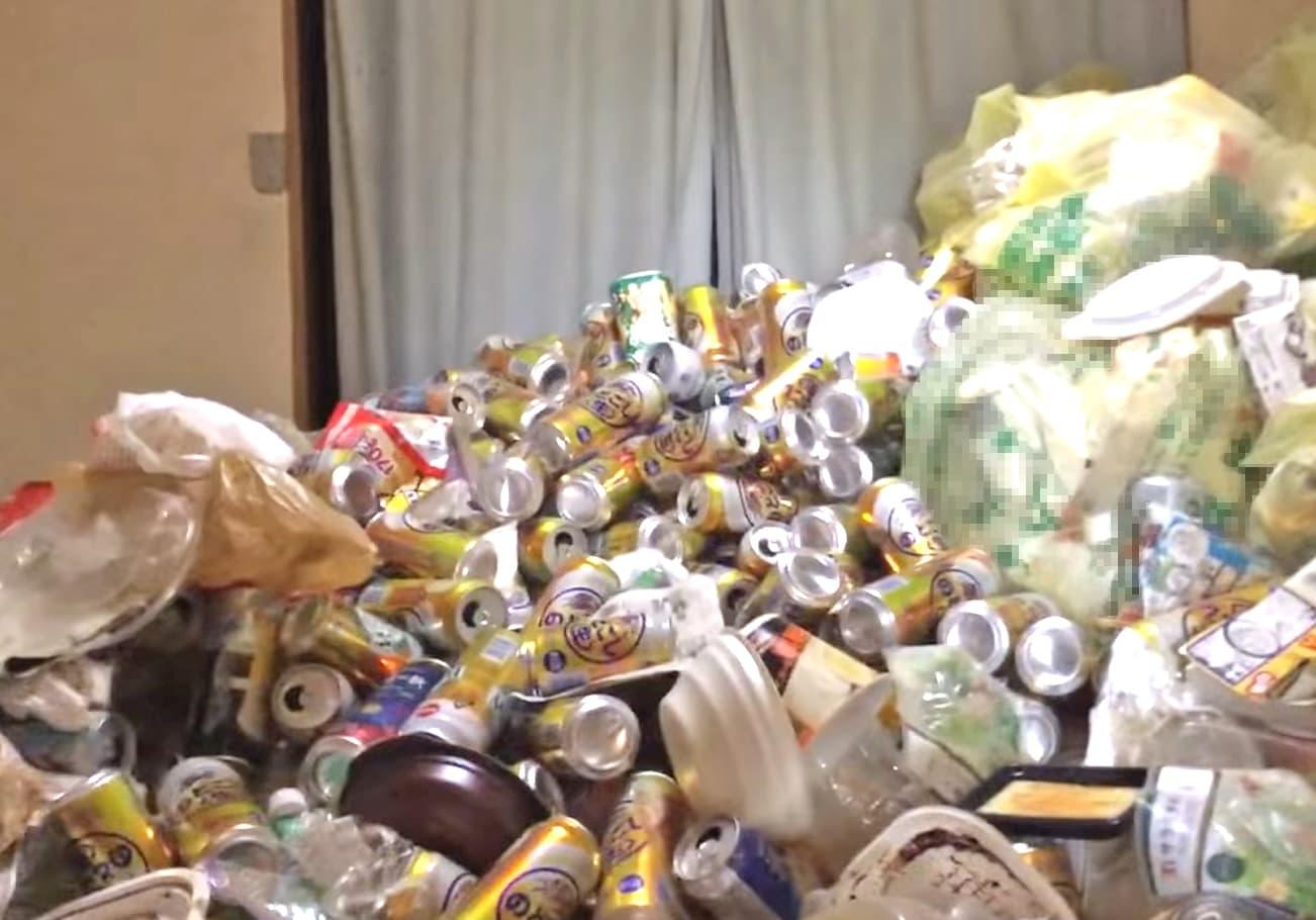 愛知県知多郡1R ゴミ屋敷片付け前の様子