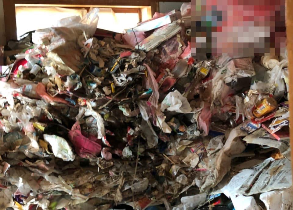 プレス系ゴミ屋敷の写真