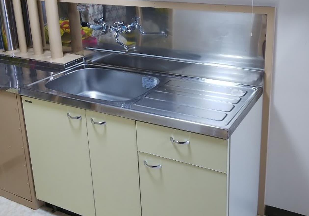 キッチン清掃後の写真