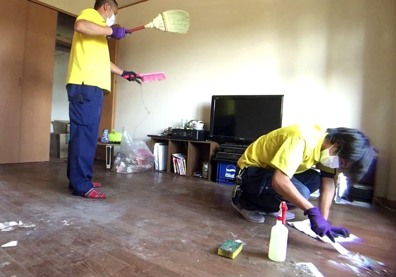 清掃作業中の様子