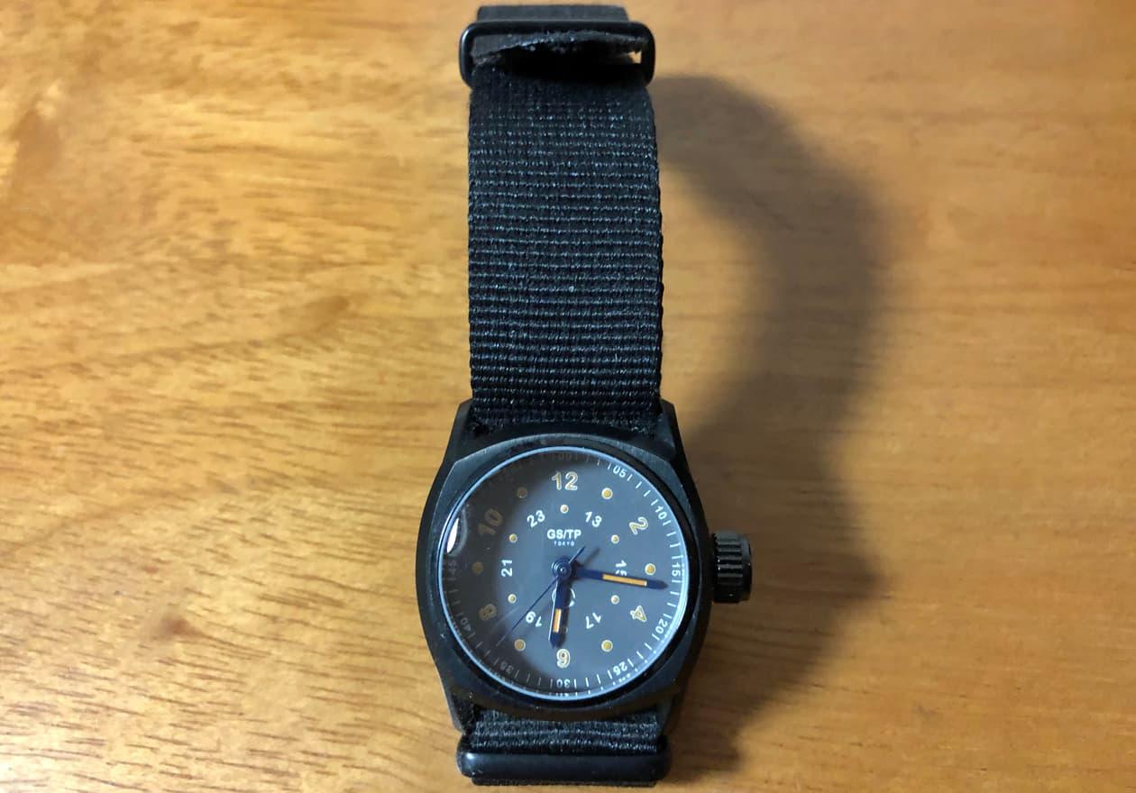 アンティーク腕時計の画像