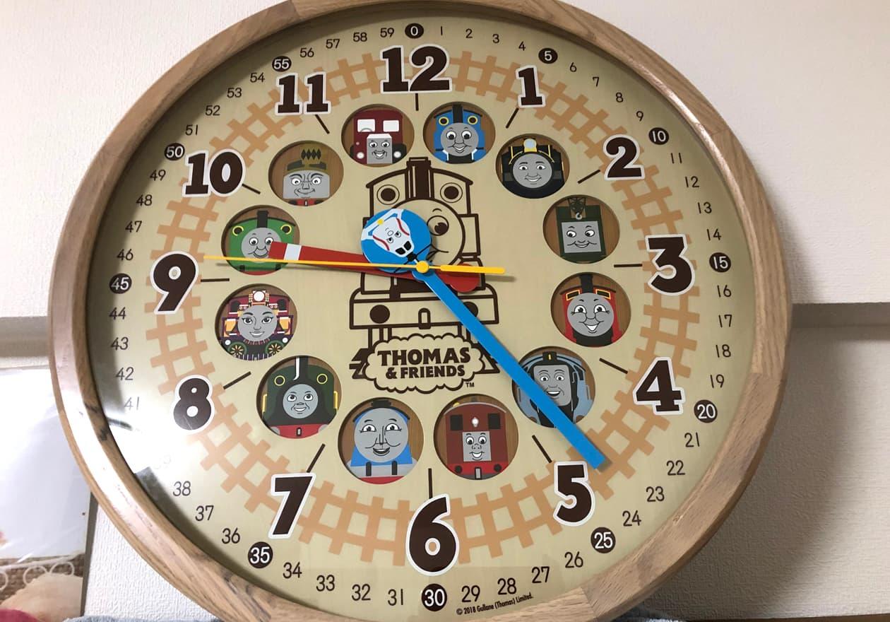 トーマスの掛時計の画像