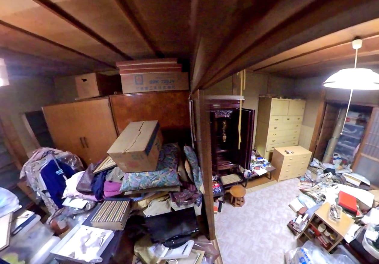 片付け前の1階のお部屋の様子
