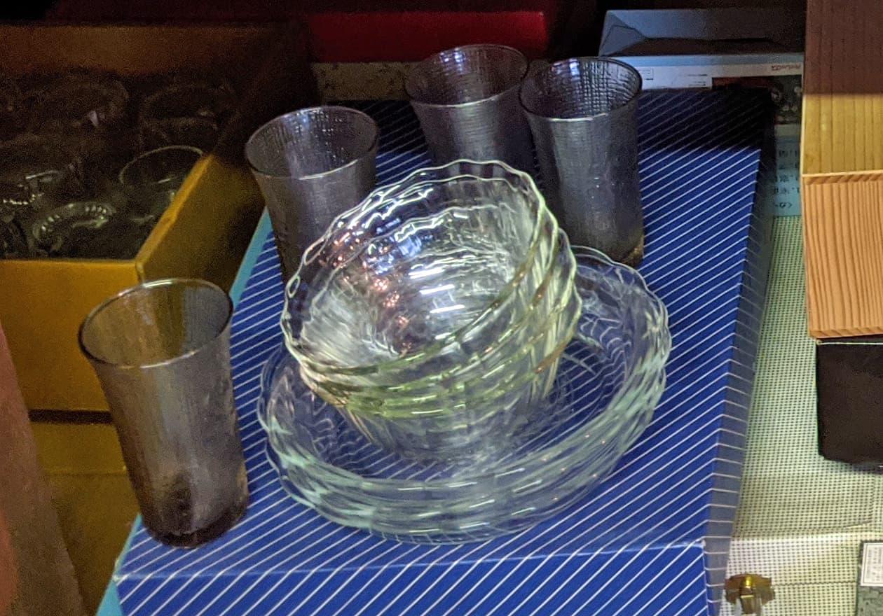 ガラス製のグラスセットの写真