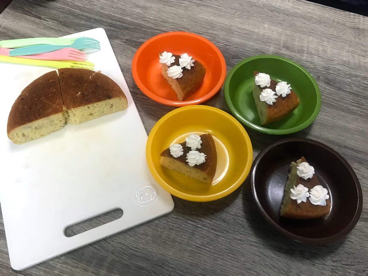 出来上がりのバナナヨーグルトケーキの写真