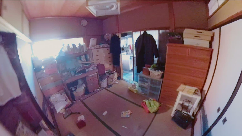 遺品整理前の和室の写真