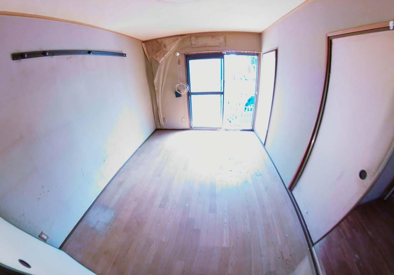 片付け完了後の洋室の写真