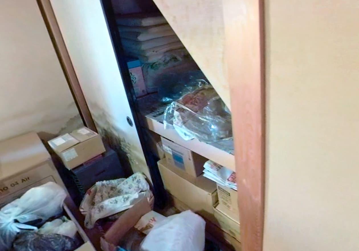 2階の押し入れの中の様子